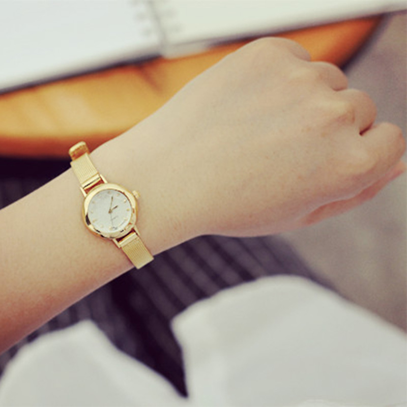 Fashion Womens Golden Small Round Dial Bracelet Lady Quartz Analog Wrist Watch