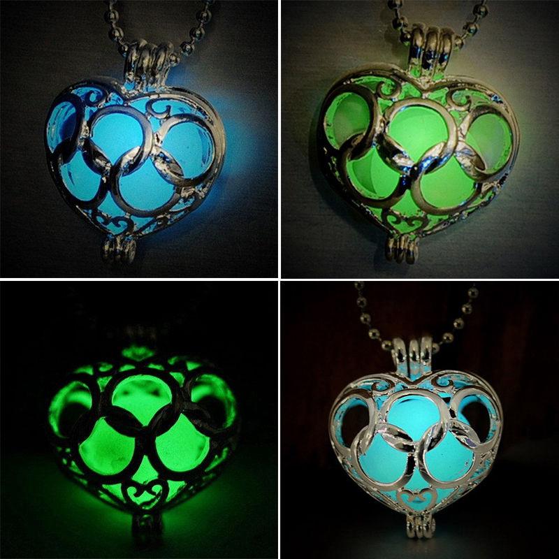 Fashion Legend of Zelda Hollow Glow In Dark Love Heart Pendant Necklace Jewelry