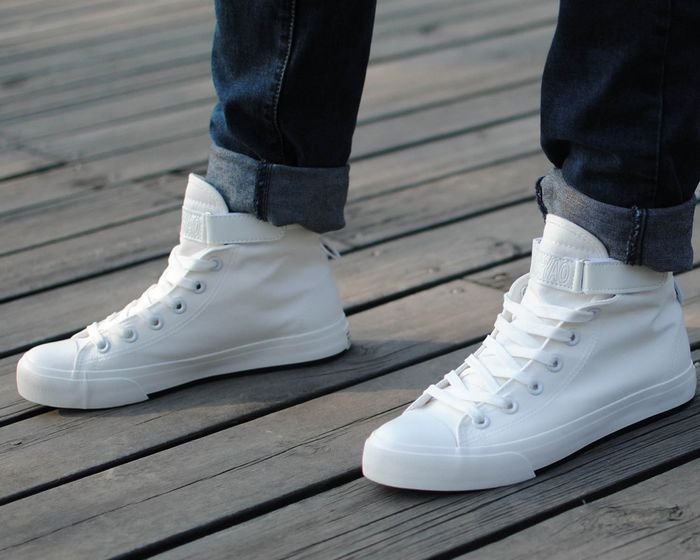 Men white high-top canvas shoes man sneakers students shoe