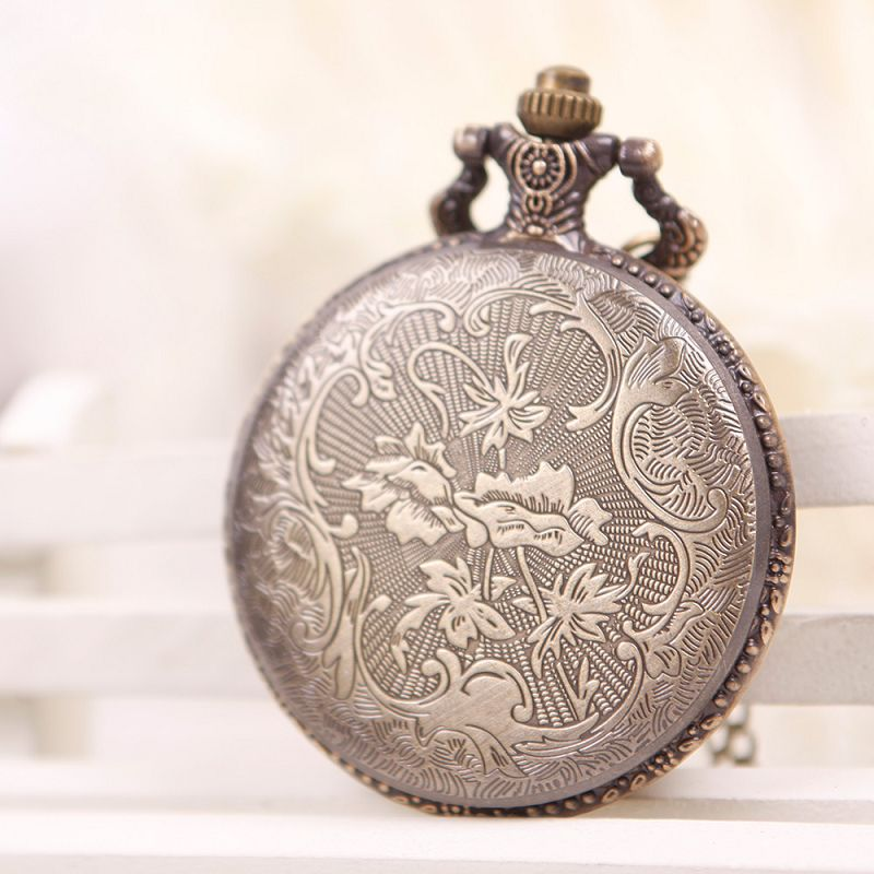 Men Women Retro Bronze Quartz Necklace Chain Motorcycle Pattern Pocket Watch