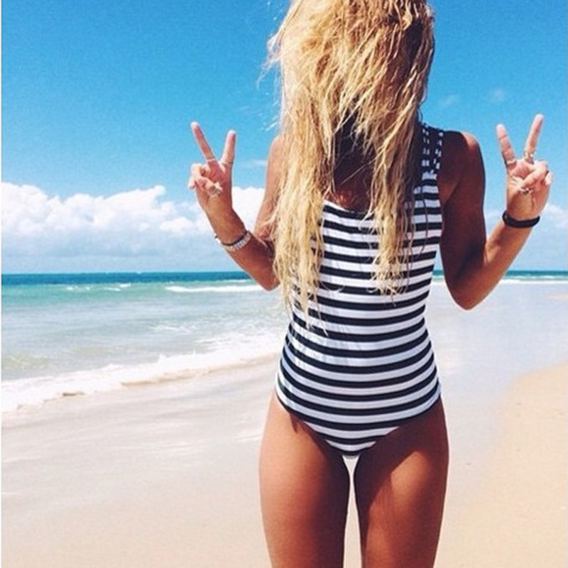 2018 Swimwear Women One Piece Swimsuit vintage White Black Navy Striped Padded Strap Monokini Sexy High Cut Backless Biquini