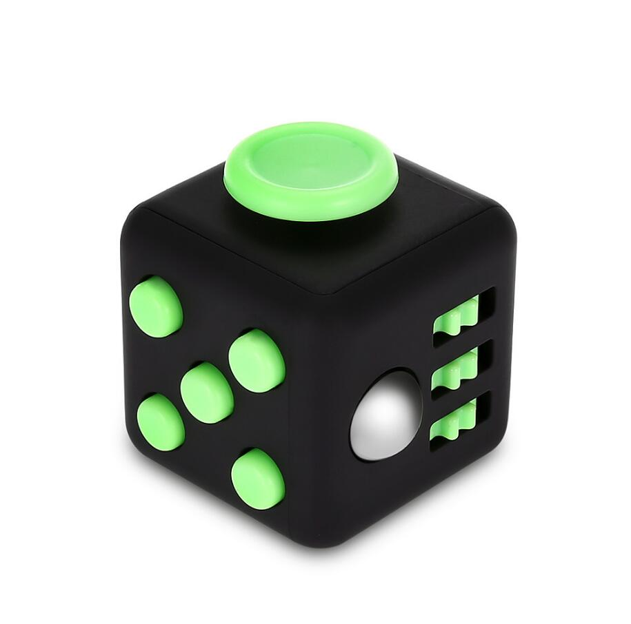 High Quality Min Toy Vinyl Desk Finger Toys Squeeze Fun Stress Reliever 3.3cm Antistress Fidget Cube